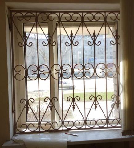 gitter f r fenster fences24. Black Bedroom Furniture Sets. Home Design Ideas